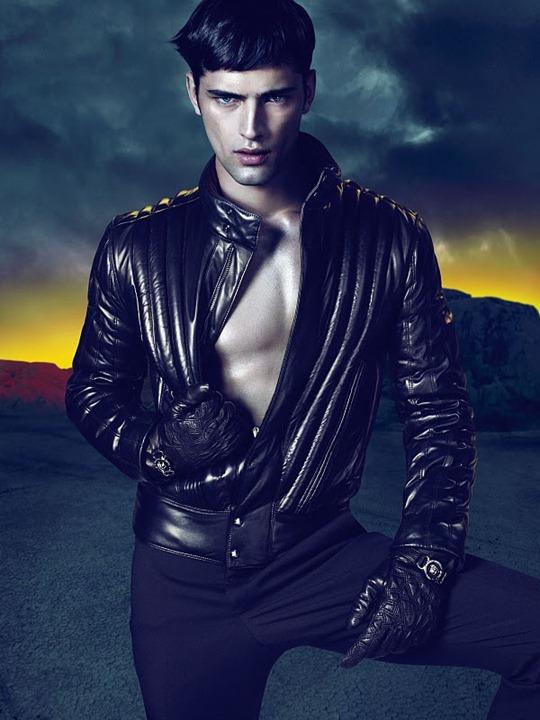 Versace осень зима 2011/2012