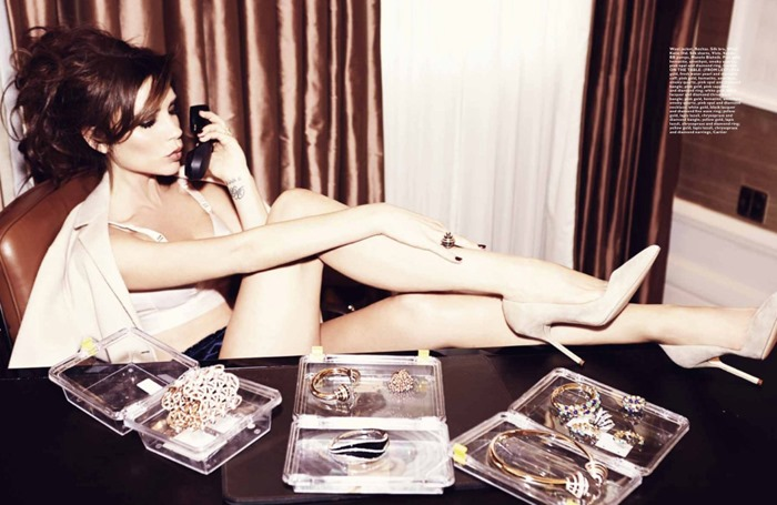 Виктория Бекхэм (Victoria Beckham) для Harper's Bazaar Singapore 2013