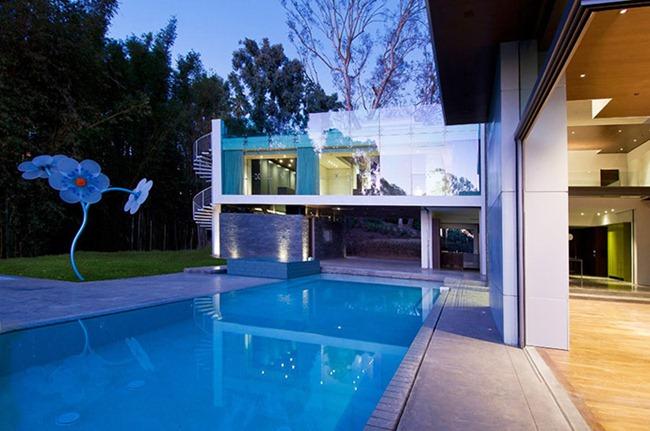 Современная функциональность и инновации: отличный дом, созданный бюро «Whipple Russell Architects»