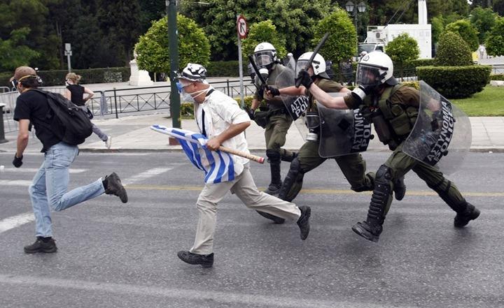 Новая волна беспорядков в Греции