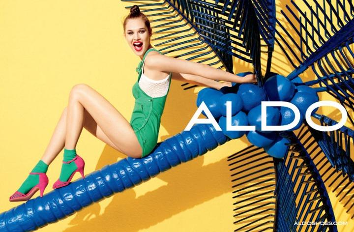 Анаис Пулье в красочной фотосессии Терри Ричардсона для Aldo