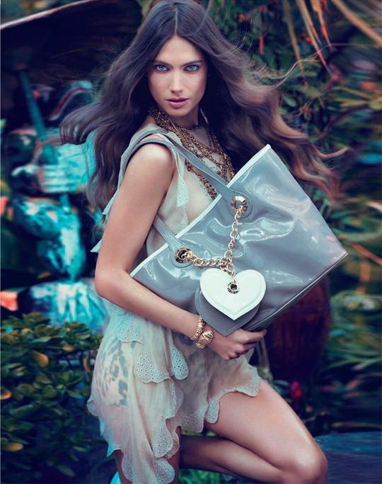 Тропический ангел Джессика Миллер в рекламе Blugirl