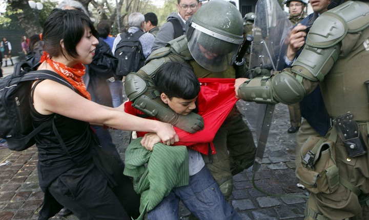 Студенческие протесты в Южной Америке