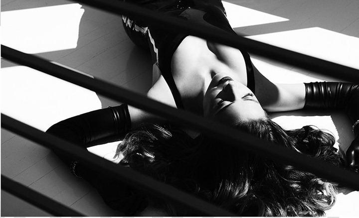 Актриса Эмбер Херд в откровенной фотосессии Джона Руссо