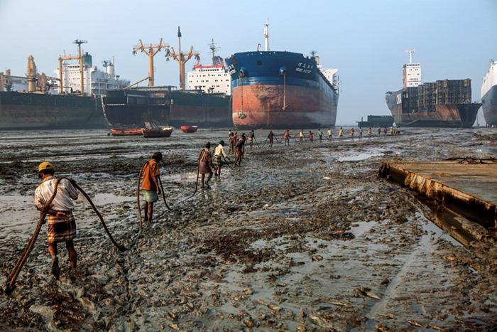 Последняя пристань кораблей в Бангладеш