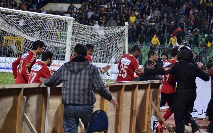 Бойня на футбольном матче в Египте: 74 погибших и 1000 раненных