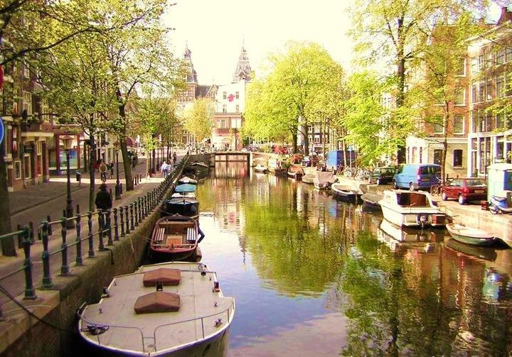 Амстердам   город чудес