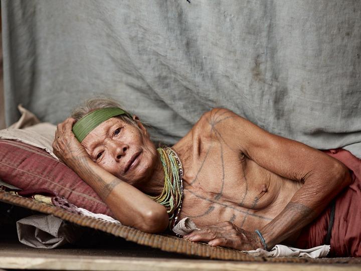 Коренные жители архипелага Ментаваи, Индонезия