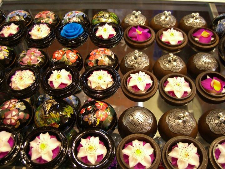 Тайские цветы из мыла