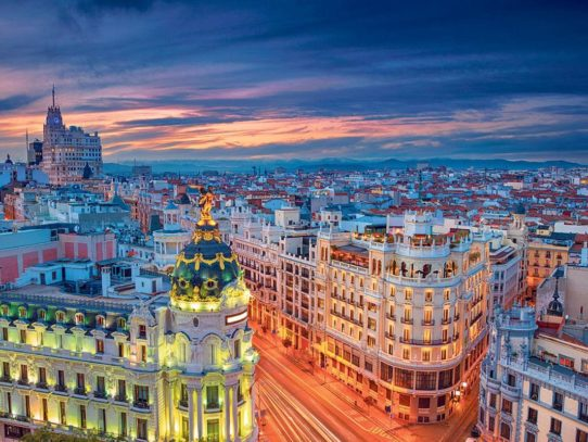Топ 5 красивых городов, которые отказываются от машин
